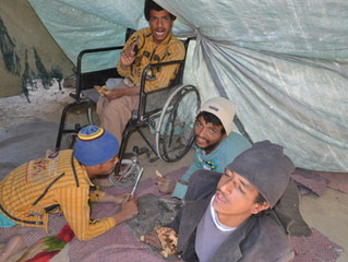 4 disabled in Sana'a receive wheelchairs as gift from Mona Relief