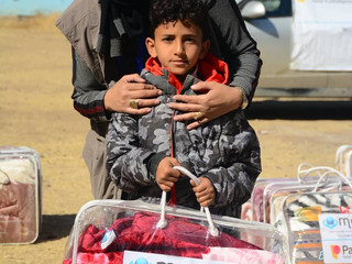 Mona Relief continues delivering blankets in Sana'a