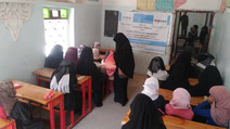 3000 Students in Sana'a Receive Breakfast Meals from Mona Relief