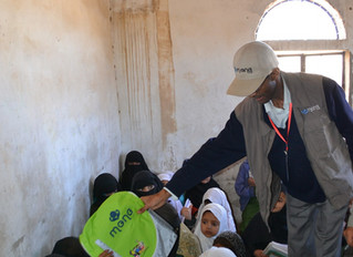 Monareleifye.org delivering  3000 school kits to orphans students in Sana'a