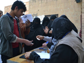 Monareliefye.org distributing food aid packages to vulnerable families in the capital Sanaa