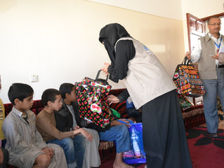 Monarelierye.org delivering hygiene kits to blind in Sana'a