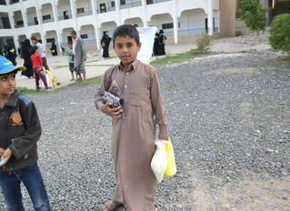 منظمة منى تواصل توزيع المساعدات الرمضانية لليوم الخامس على التوالي