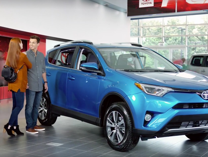 Toyota (2017)