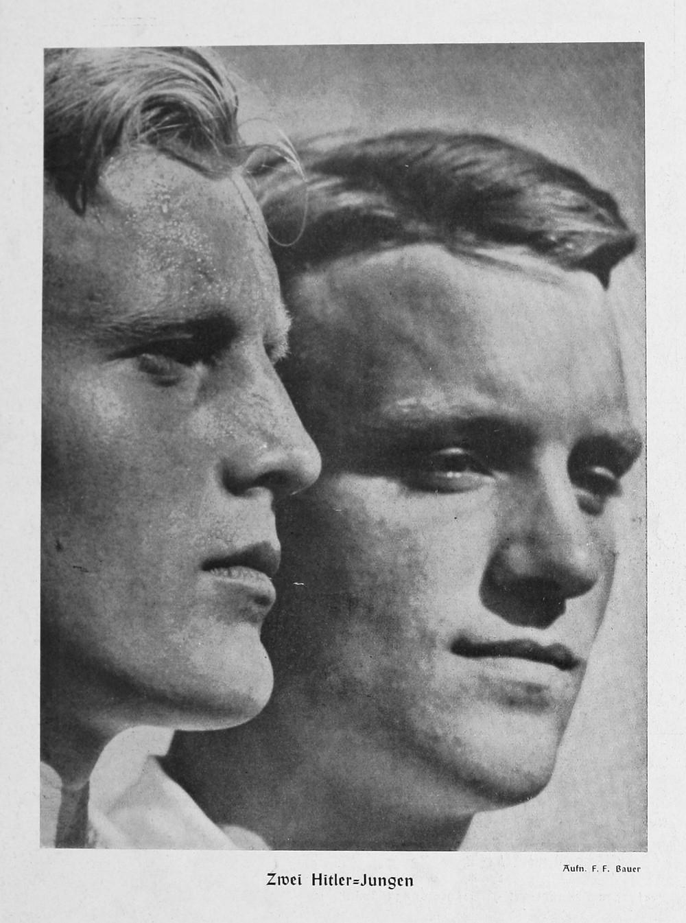 F. F. Bauer, Volk und Rasse, Heft 9 September 1942 – backcover 'Zwei Hitler-Jungen'