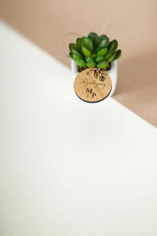 drewniane-winietki-wizytowki-podziekowan