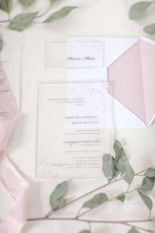 transparentne-zaproszenia-na-akrylu-prze