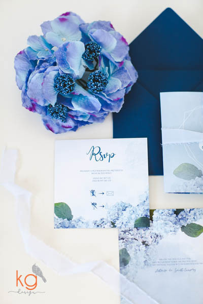 niebieskie-geometryczne-zaproszenia-slub