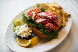 lobster roll (2)