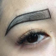 Eyebrow Microblading Specialist