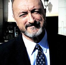 Arturo Pérez Reverte Escritor