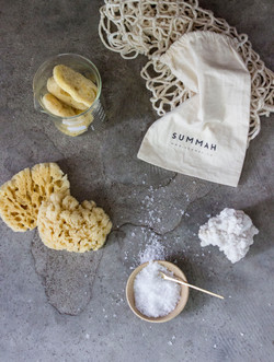 Flat lay with sponges 2 low res