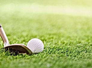 Club de golf y bola