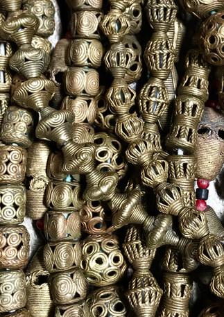 Brass beads (Africa)