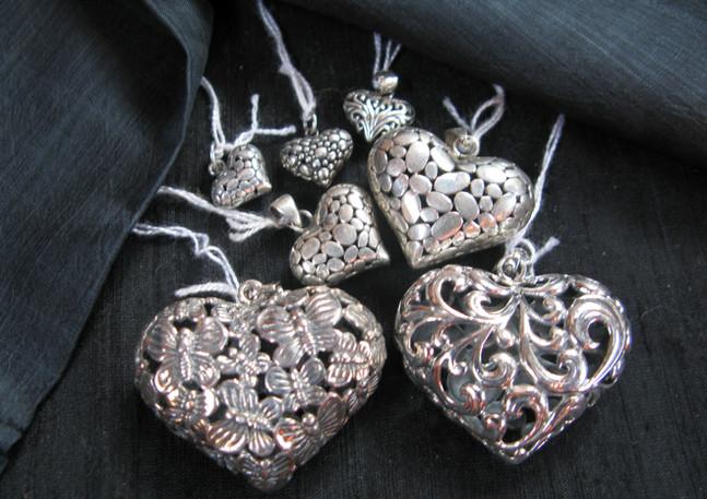 Silver hearts, Thailand