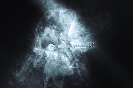 guitarist-1612490_1920.jpg