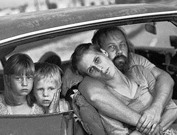 poor-american-family_zpsf5463980.jpg