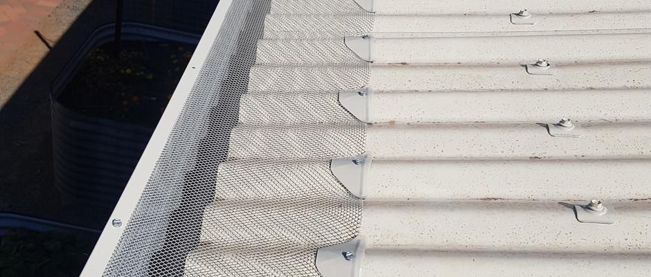 Gutter mesh install