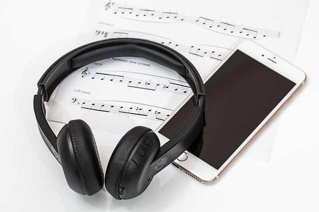 The Positive Benefits of Listening to Music - Experience the Power of Music