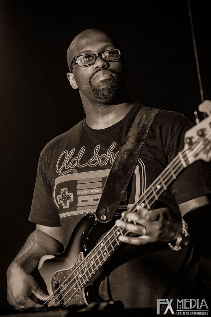 Brandon Meeks, Bassist