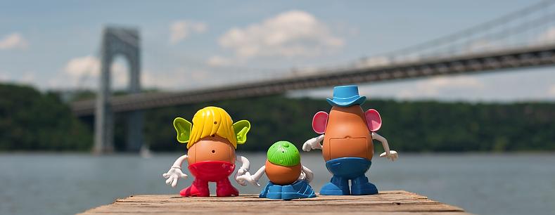 Potato Head Family, Mr and Mrs Potato Head, George Washington Bridge, Eric Bondoc, New York City, Washington Heights