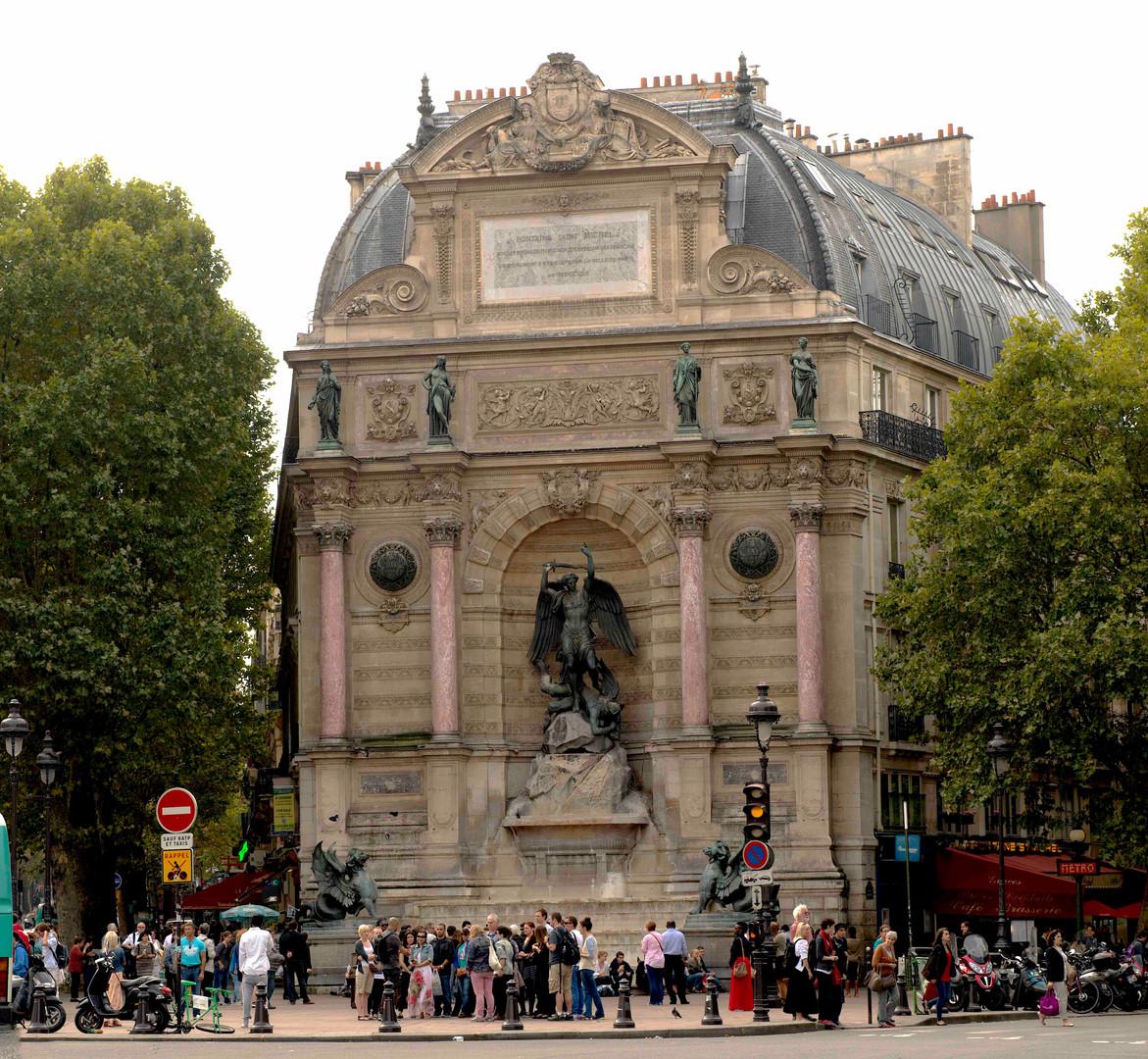 Street corner - Paris