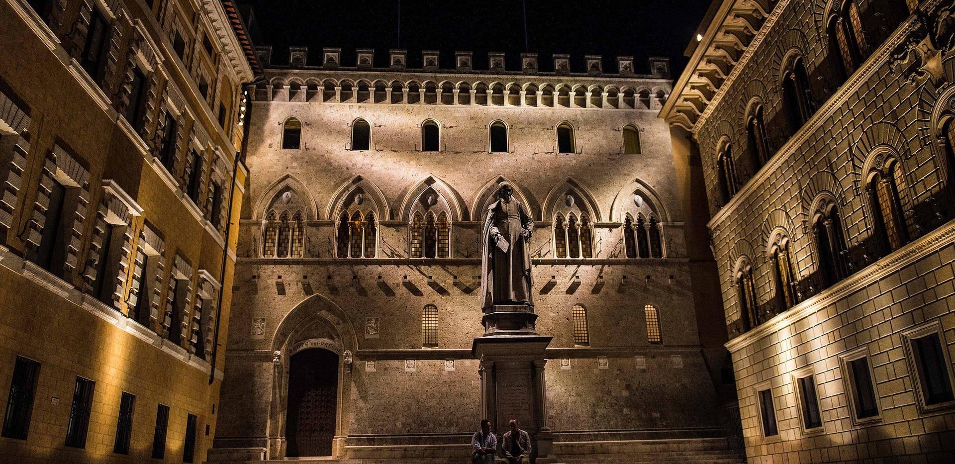 Palazzo Salimbeni, Siena