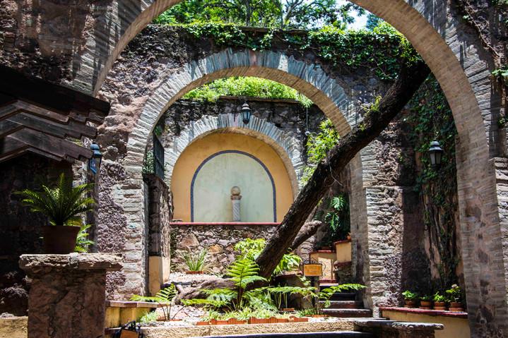 Gabriel de Barrera gardens