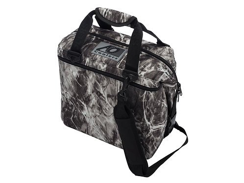 12 Pack Mossy Oak Fishing Manta Cooler