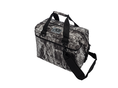 24 Pack Mossy Oak Fishing Manta Cooler