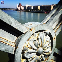 """View of """"Pest"""" from Chain Bridge"""