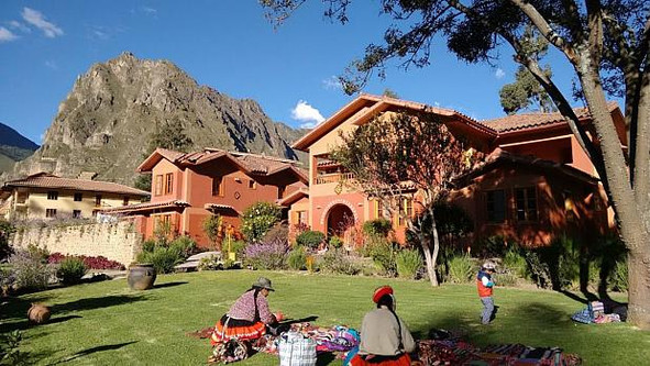 LARES TRAILS: Want to know more about the Incas' customs and culture? Discover the Lares trails,