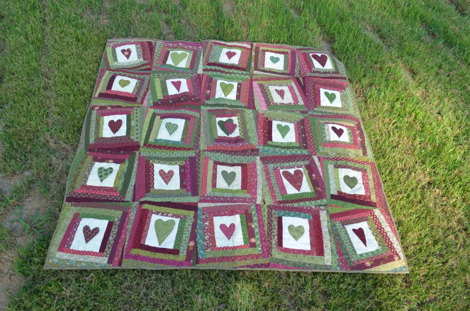 Scrappy Hearts Wedding Quilt