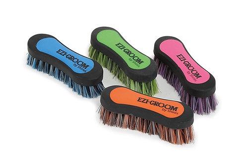 Shires Ezi-Groom Grip Face Brush