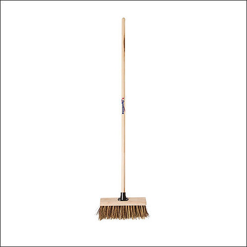Fynalite stiff yard broom