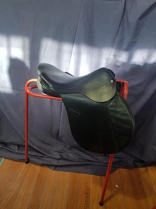 "17.5"" Eclipse Leather GP Saddle"