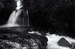 Cascada Hollin