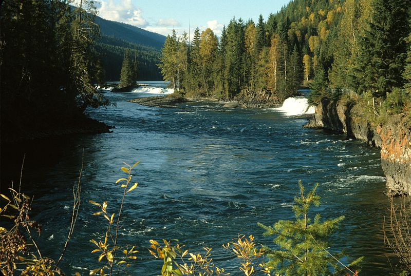 Clearwater_River_Wells_Gray_Park