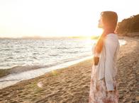 砂浜の夕日