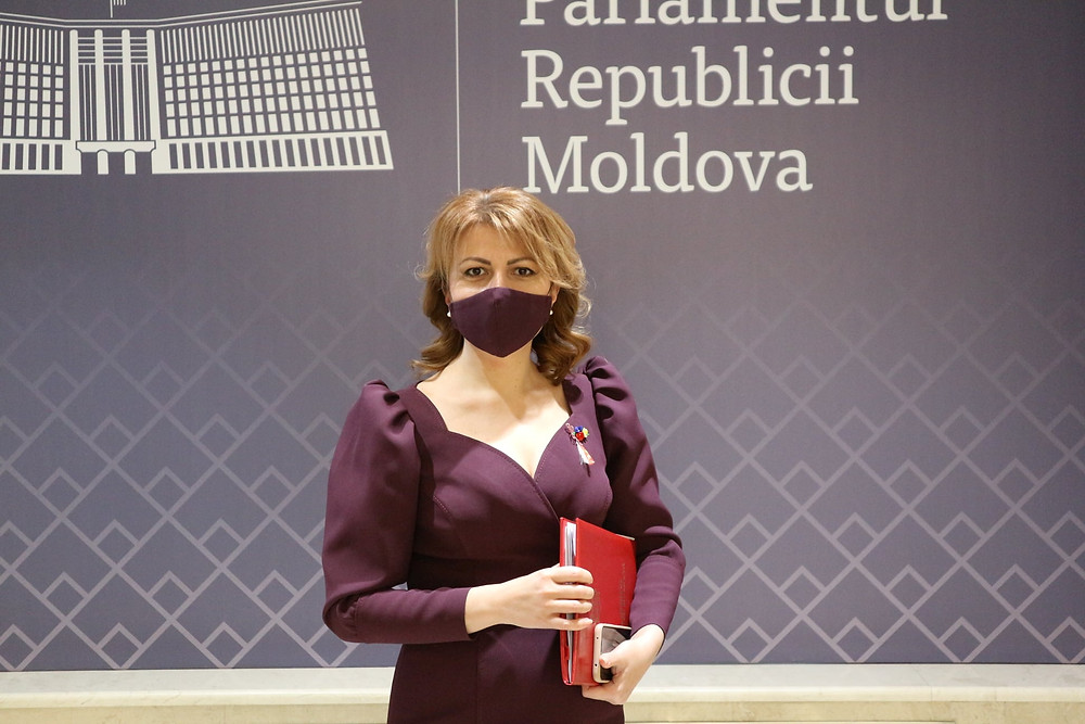 Arina Spataru Raspuns lui Cavcaliuc