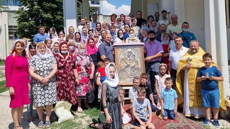 Am cinstit icoana Maicii Domnului din Hârbovăț