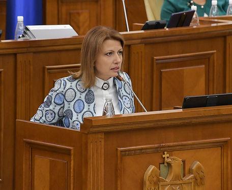 Arina Spătaru acuză deputații PSRM și PD că nu vor să majoreze veniturile bugetelor locale