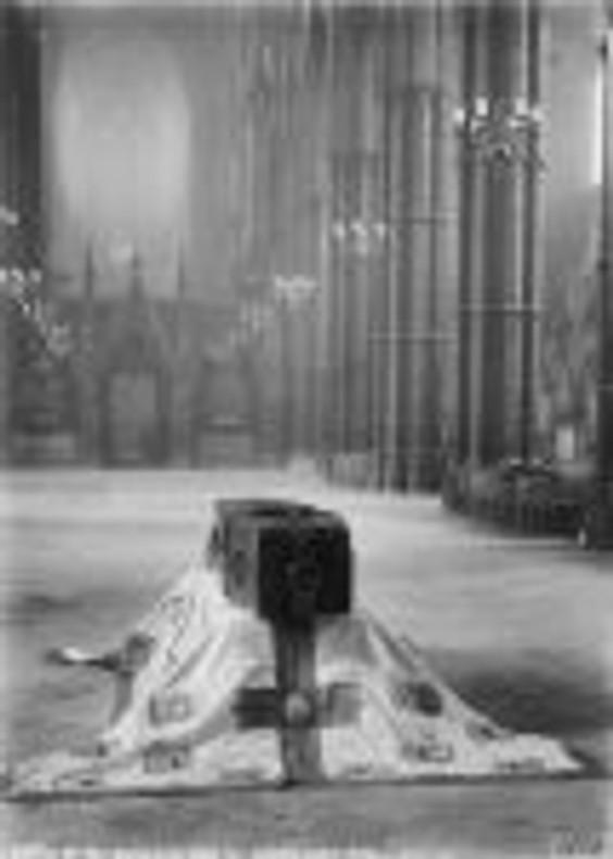 coffin-of-unknown-soldier