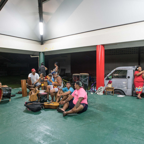 Ori Tahiti musicians