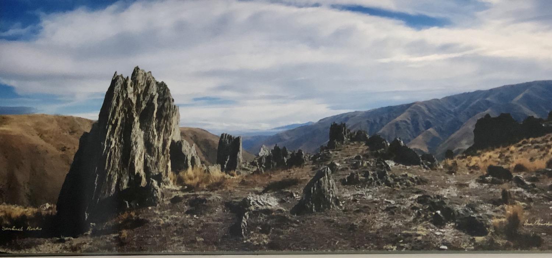 """""""Sentinel Rocks"""" – near Otematata"""