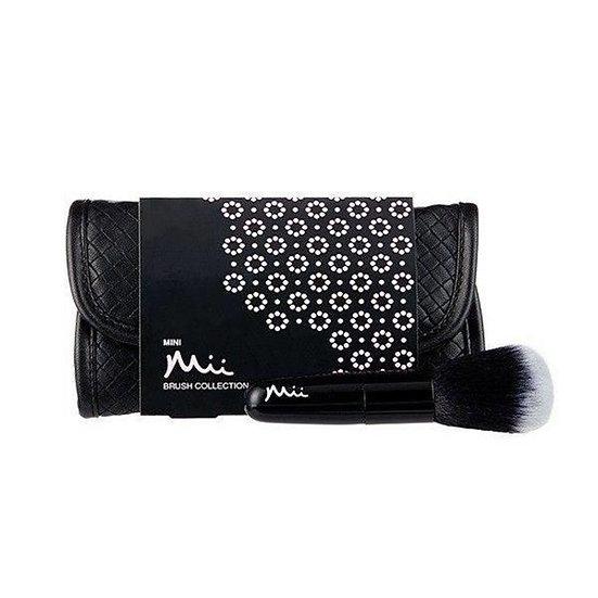 Mini make-up brush collection