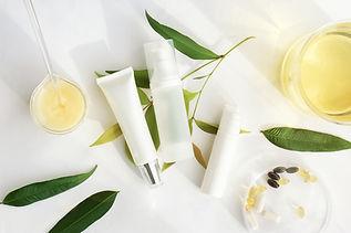 アパタイト、シコニンを使用したホワイトニング 美容商品などを展開、大阪大学歯学部との産学官連携で歯磨き粉「S-APトゥースペースト」を販売中