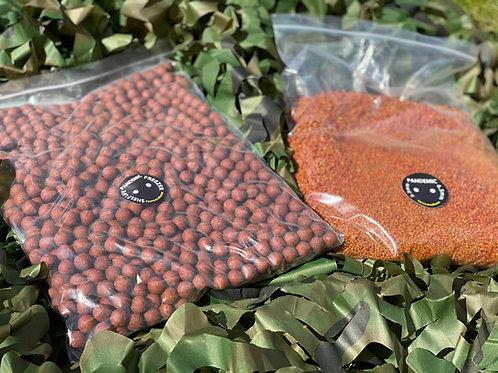 Mad Baits 2.5kg Boilies & 2.5kg Pellets Session Bundle (No Bucket)
