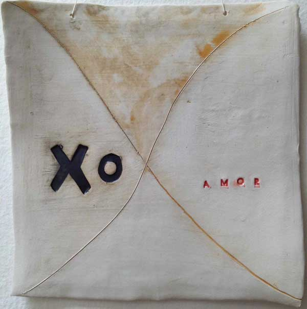 X O porcelain wall hanging