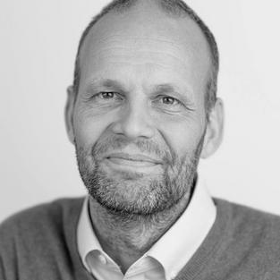 Dr. Sven Philip Aries